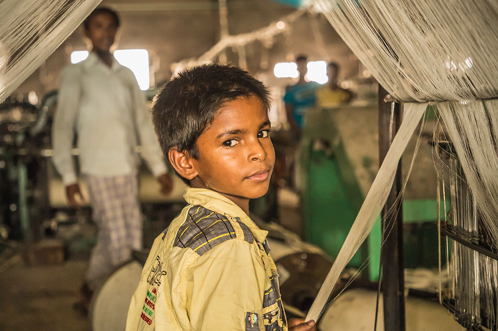 Multi-stakeholder project combats child labour in India and Banglades