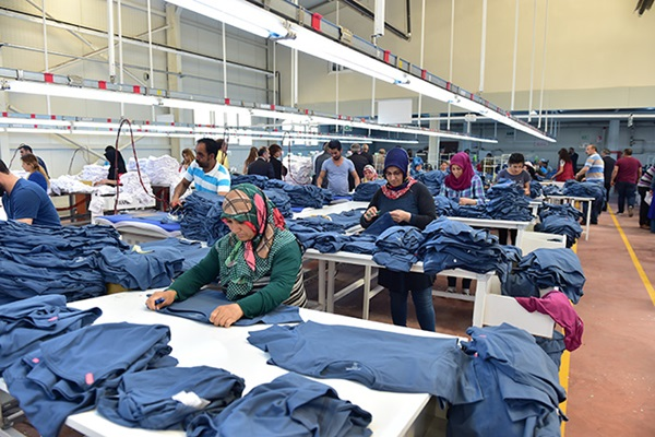 Workers are working in a textile factory